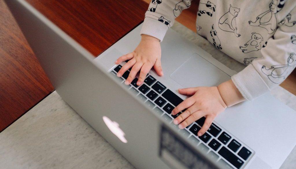 Nuevos retos de la Educación: Alfabetizando a los 'nativos digitales'